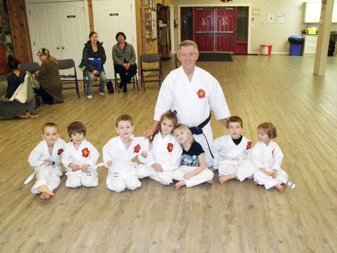 tiny tots karate shuswap dojo shoei-kan